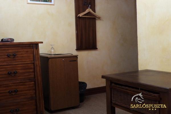 sarlospuszta-2470CDA5963-C636-C9A1-D92A-7C015B5184D5.jpg